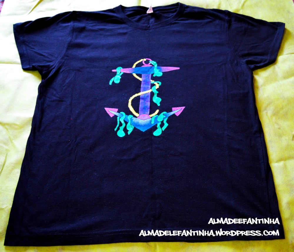 tshirt by almadelefantinha