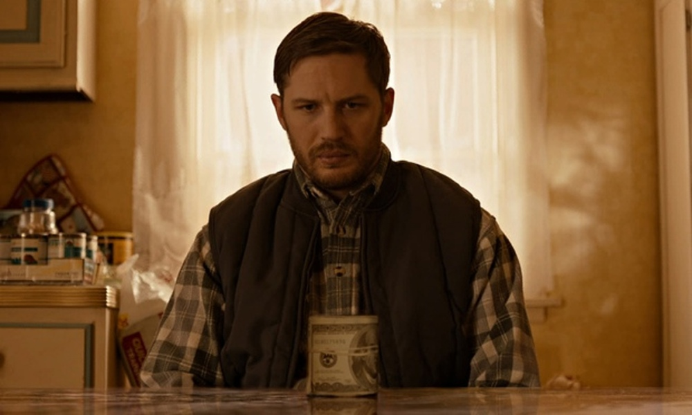 Tom-Hardy-in-The-Drop-012