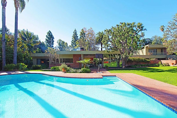 richard-neutra-pool-nesbitt-house